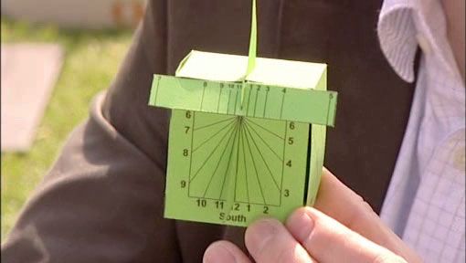 [Photo] A paper sundial ('Sundials' project)